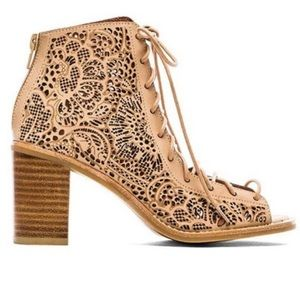 Jeffrey Campbell Nude Las Cut Cors Hell Size 8